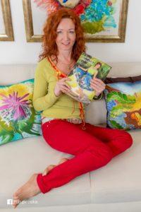 Elena Ruta Marchallé – umelecká maliarka na hodváb a módna návrhárka